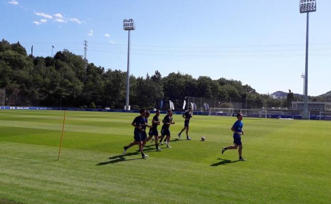 Diego Llorente ya entrena en Zubieta