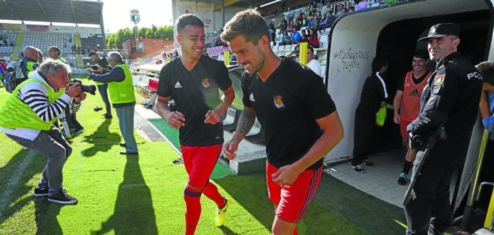Iñigo Martínez volvió a jugar y terminó de capitán de la Real Sociedad