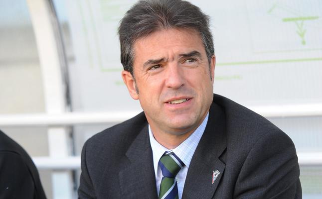 Gonzalo Arconada será confirmado en breve como técnico de la Real femenina