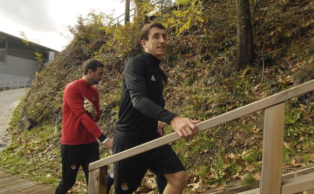 Oyarzabal, duda para el derbi tras lesionarse en el entrenamiento