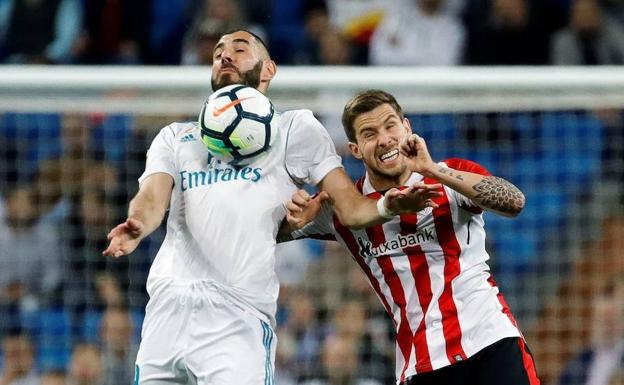 Iñigo, ya con la camiseta del Athletic, en el partido frente al Real Madrid./