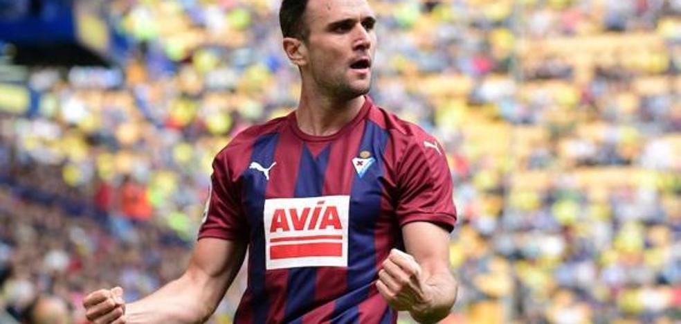 Kike García afirma que «el Eibar jugará con sus armas para intentar sacar algo en Madrid»