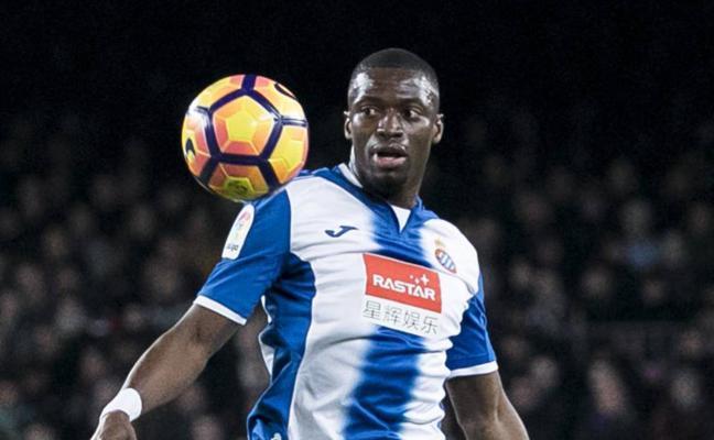 Diop, atrapado en la crisis del Espanyol
