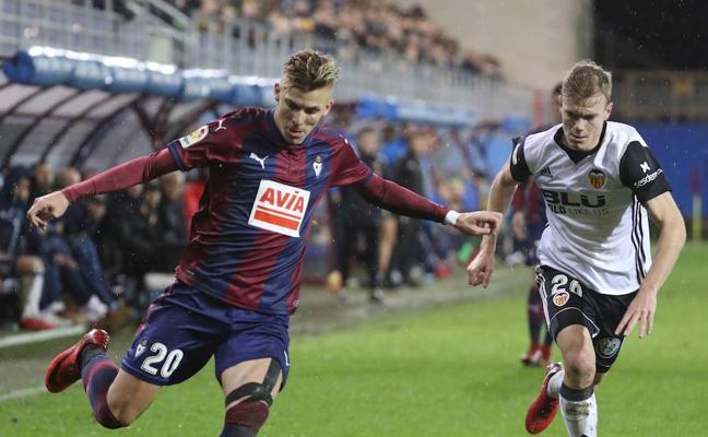 Alejo no podrá despedirse del 2017 en Ipurua ante el Girona