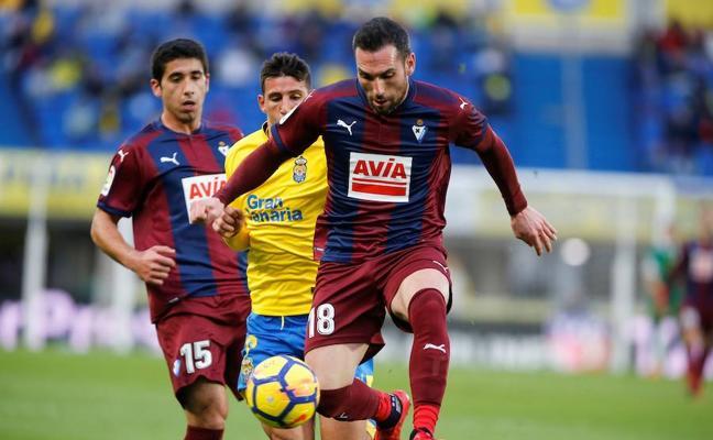 El Eibar suma una victoria en Las Palmas
