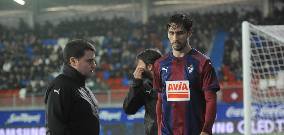 Paulo Oliveira estará un mes de baja