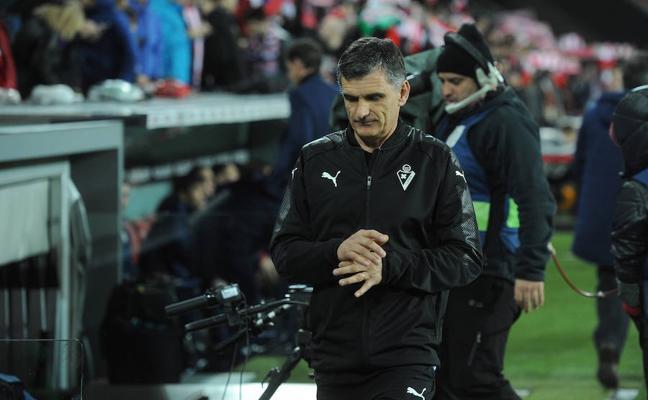 Mendilibar: «Hicimos un poco más que el Athletic, pero nos vamos contentos»