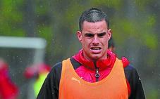 El capitán del Eibar, Dani García, con pie y medio en el Athletic