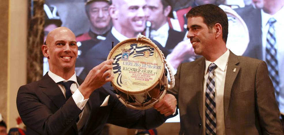 Richard Oribe bate el récord mundial de felicidad
