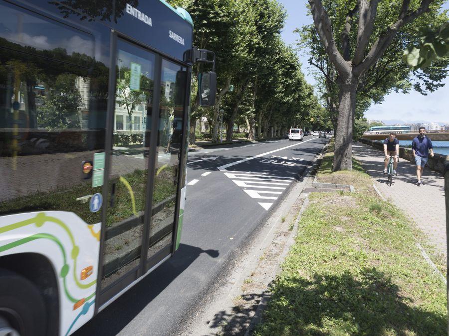 El paseo Bizkaia ya tiene carril bus