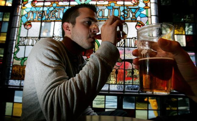 Los europeos aumentan su riesgo de sufrir cáncer por el consumo de alcohol