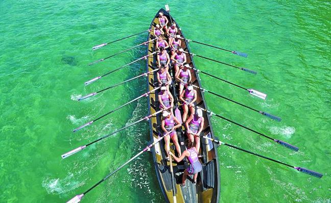 Seis botes entre la obligación y el deseo