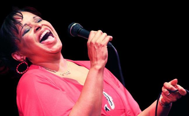 Deborah Carter pone voz al centenario del nacimiento de Ella Fitzgerald