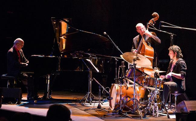 Didier Datcharry Trio, la reinterpretación de los trios del jazz