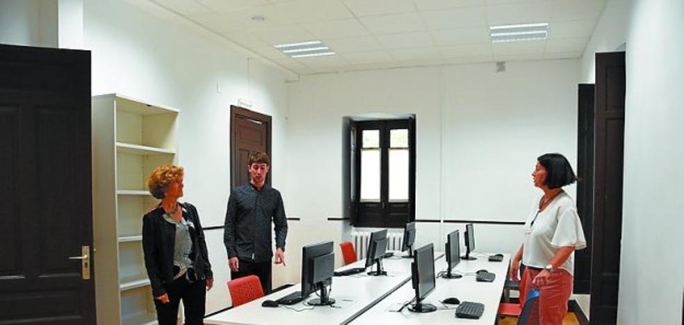 Aumentan plazas y se incluye el alemán en las aulas de la Escuela Oficial de Idiomas