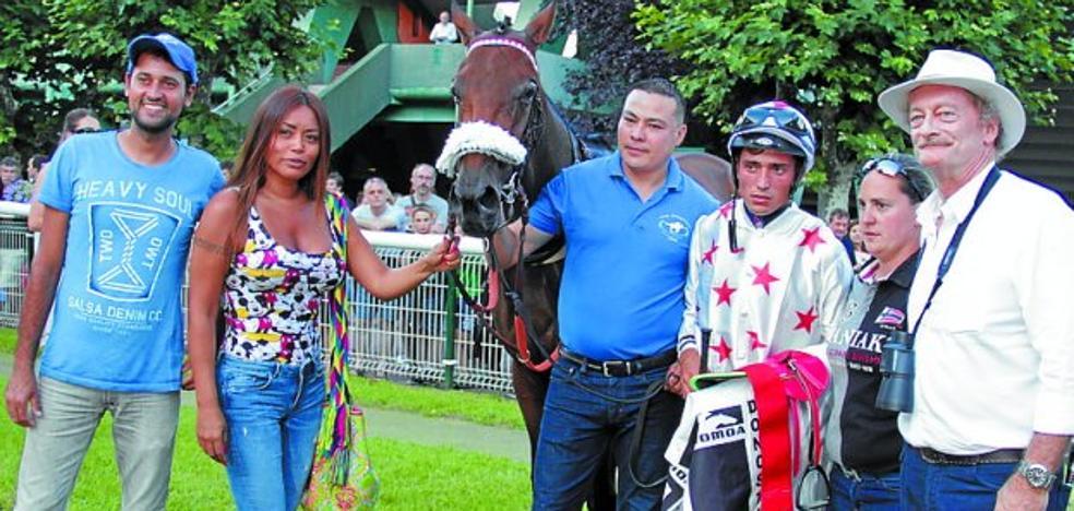 Ana Imaz con 'Arrigunaga' (Sousa) logró el triunfo en el Casino Kursaal