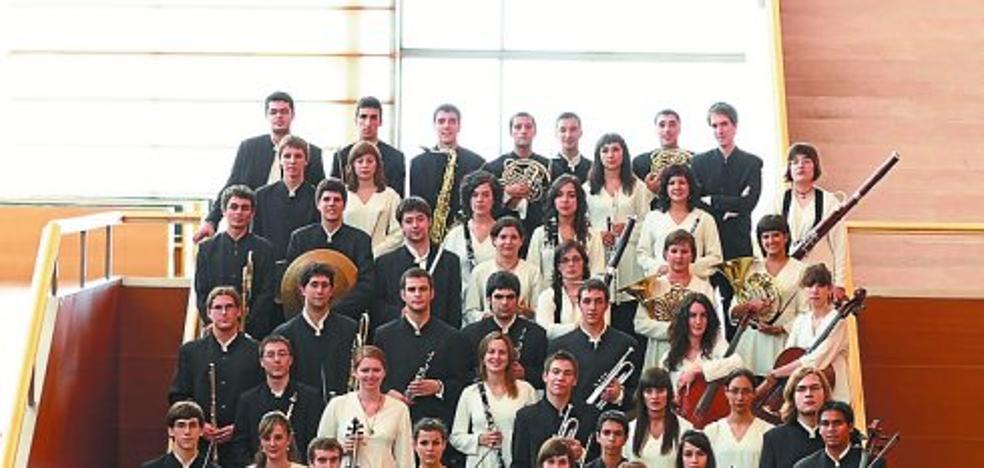 La EGO ofrece en Itsas Etxea uno de sus cuatro conciertos del verano