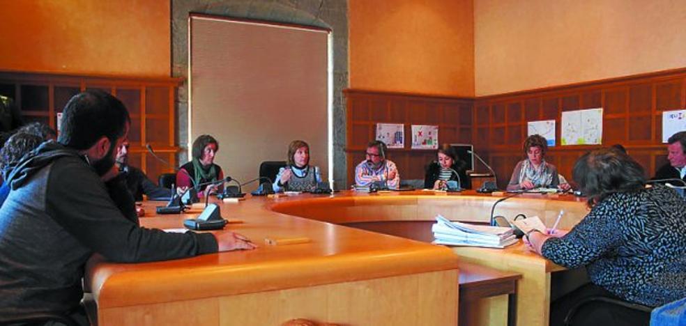 El Pleno se reúne este mediodía para tratar más de una docena de temas