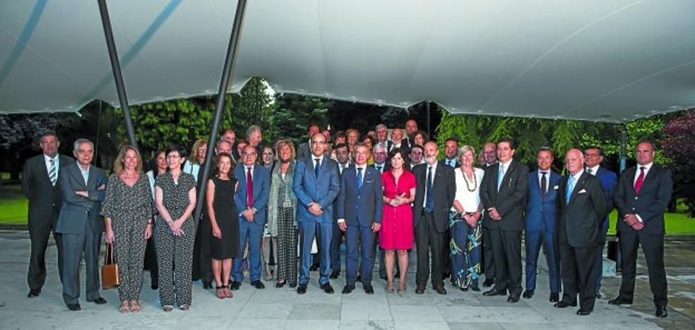 Urkullu reclama la participación directa de Euskadi en las instituciones europeas