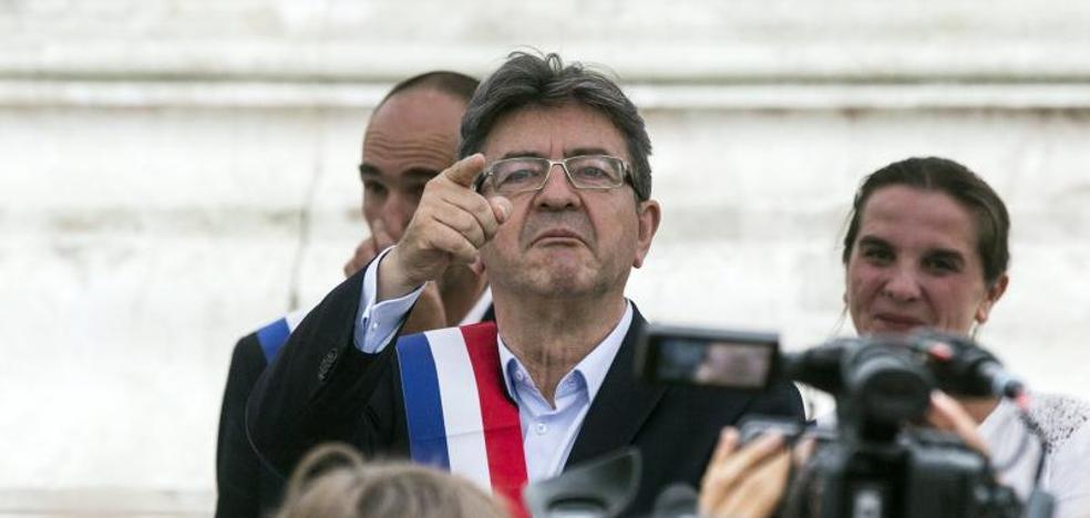 La investigación por el uso inadecuado de fondos de la UE se extiende a Mélenchon