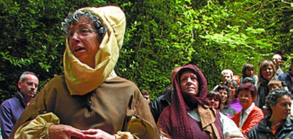 Visitas guiadas, proyecciones y actor por un día en el museo y cuevas de Zugarramurdi