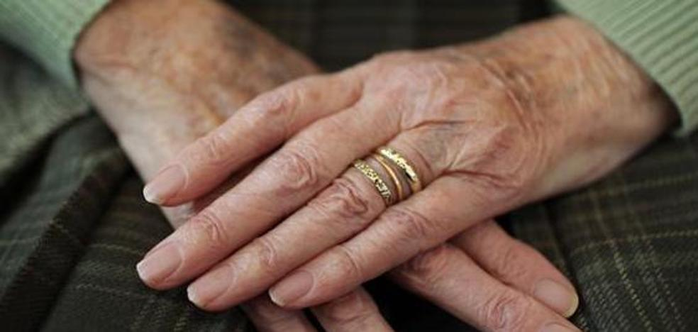 La conmovedora carta de una anciana sobre la soledad que se ha hecho viral