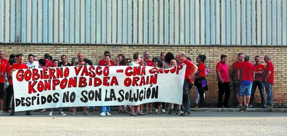 CNA, sin un plan industrial, propone cerrar Garagartza y recortar el empleo hasta un 62%