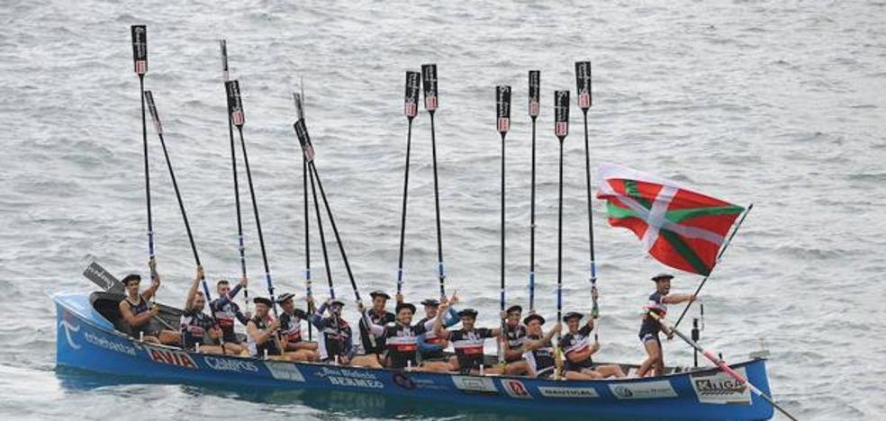 La última ola salva a Urdaibai