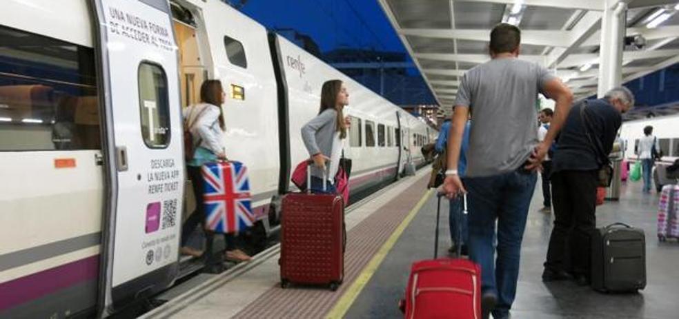 Renfe cancela 274 trenes por la huelga de este viernes