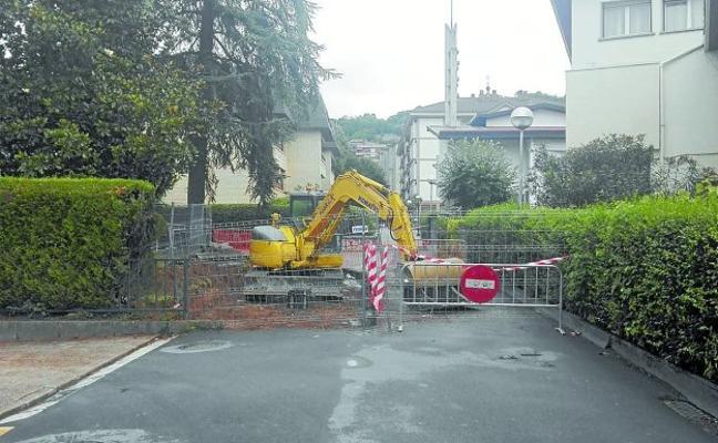 En marcha los trabajos para eliminar el 'embudo' de la calle Alkabieta