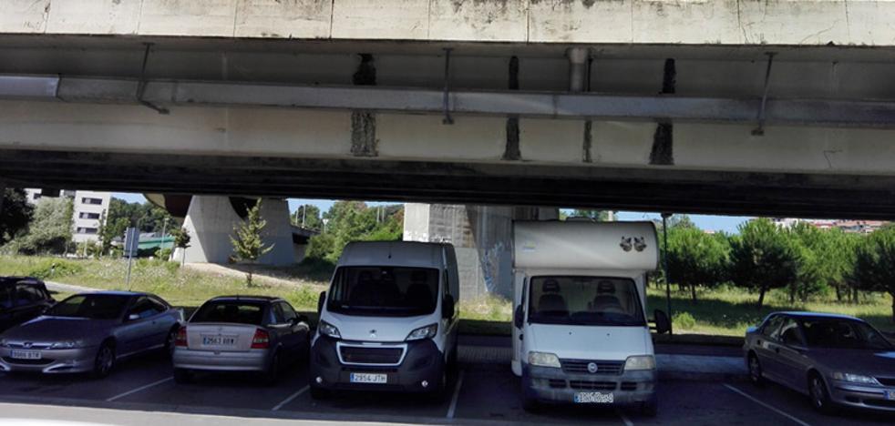 Sancionan a inquilinos y propietario de la autocaravana 'turística' de Loiola
