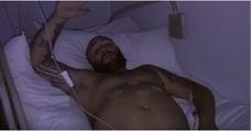 Kiko Rivera airea la barriga tras su operación