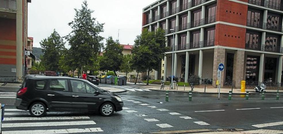 Nuevos semáforos y cambios en las paradas de autobús en Errotaburu