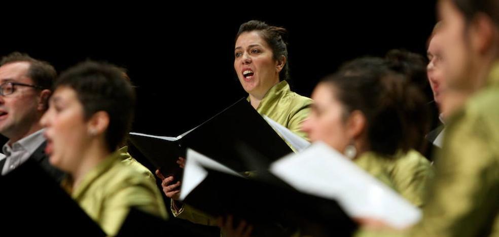 El coro Landarbaso llevará 'Carmina Burana' a Senpere y Arantzazu