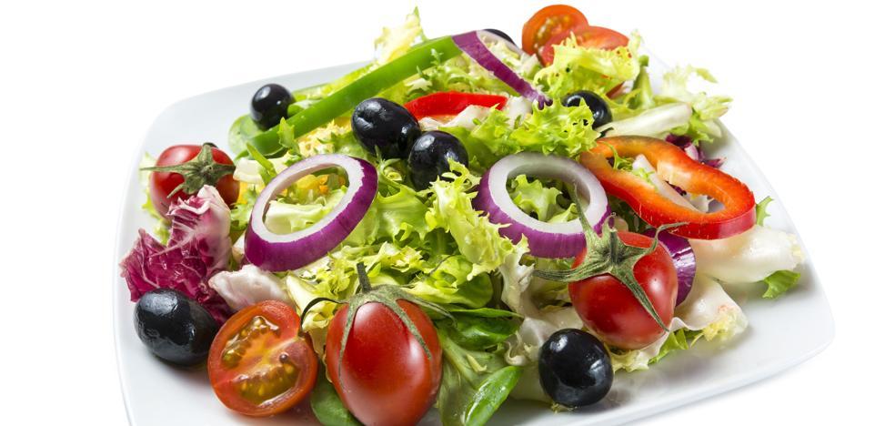 ¿Qué frutas son ideales para tus ensaladas?
