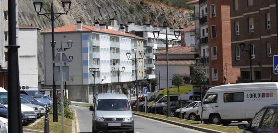 Regresan a sus casas 33 familias afectadas por los desprendimientos en Ondarroa