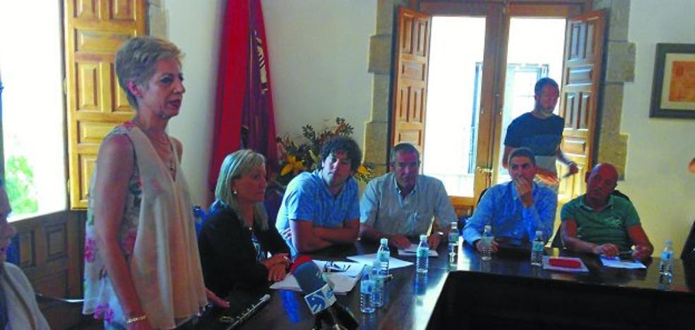 Una moción desaloja al alcalde de UPN en Viana en un tenso pleno