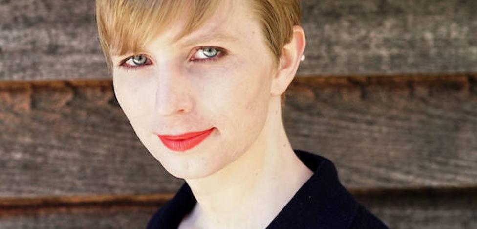 Chelsea Manning posa para Vogue