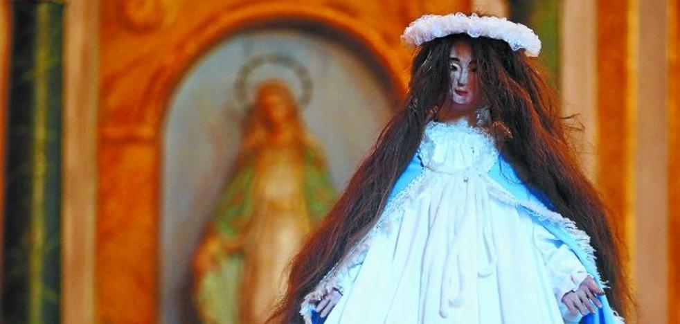 La pequeña Andra Mari de San Roke