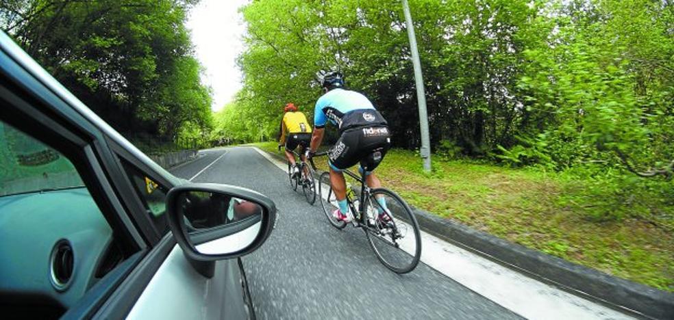 «Somos tantos ciclistas en la carretera que suscitamos rabia en los conductores»