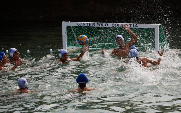Torneo de Waterpolo 4x4