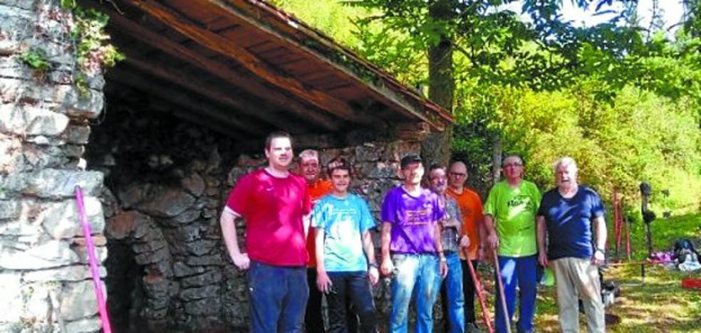 Burdina trabaja en la recuperación del calero de Irizabar en Zizurkil
