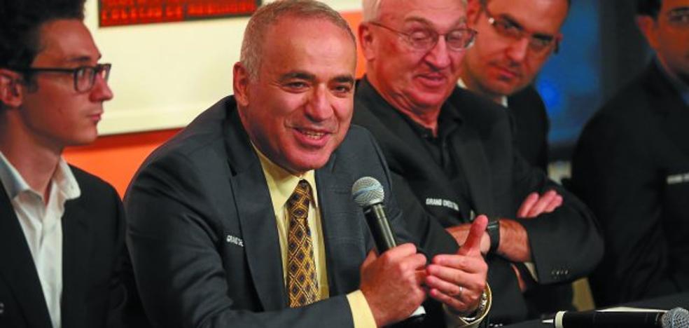 Kasparov regresa doce años despues