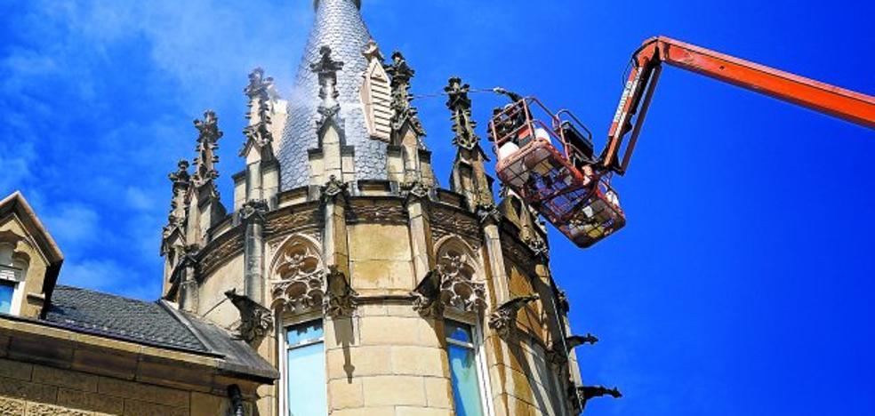 Limpieza de las torres de Arbide