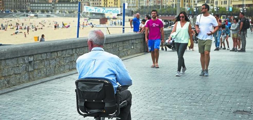 La demanda de personas dependientes en Gipuzkoa duplica el crecimiento previsto