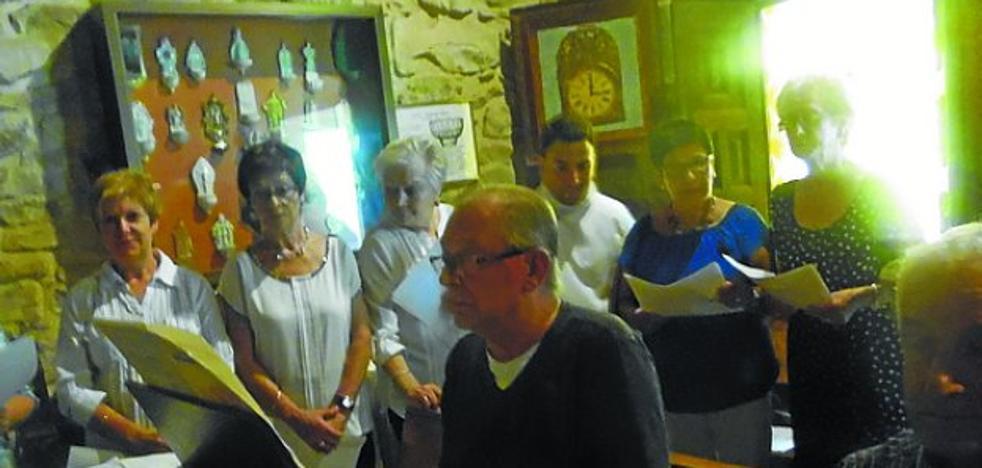 El santuario de Gurutzeta se llenó para celebrar la festividad de la Asunción