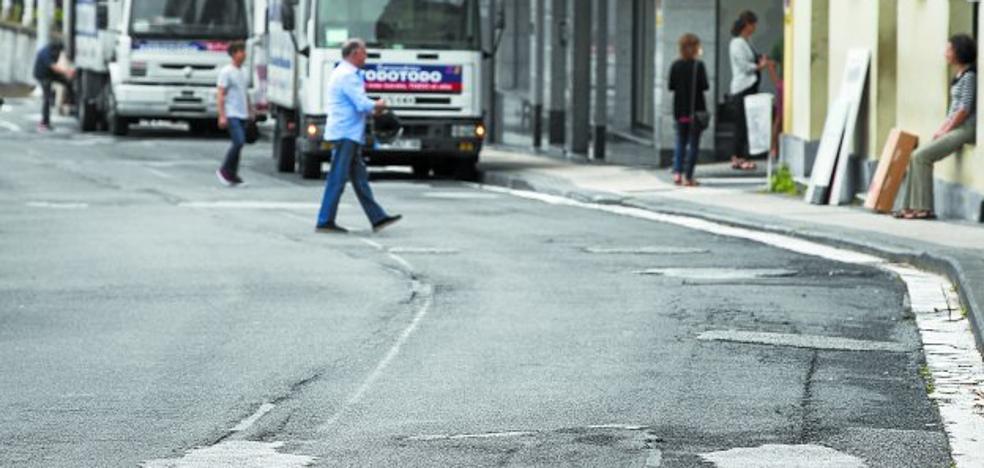 El Ayuntamiento renovará el pavimento de la calzada en doce calles de la ciudad