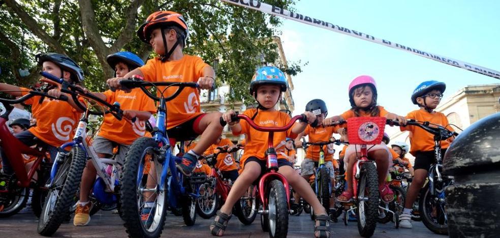 Fiesta de la bici en el Boulevard