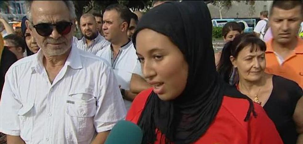 Cientos de musulmanes claman contra el terrorismo en el centro de Barcelona
