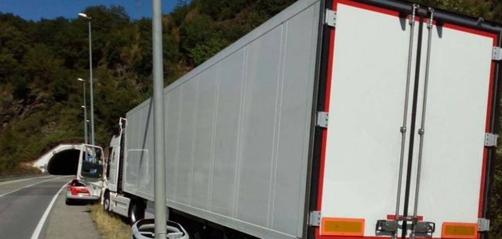 Imputado un camionero almeriense en Sunbilla por octuplicar la tasa de alcohol permitida